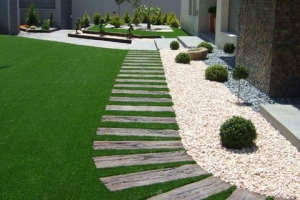▷ Jardines Con CESPED ARTIFICIAL | ¡Últimas Tendencias!